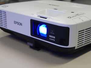音声出力可能 タイプ プロジェクター機能